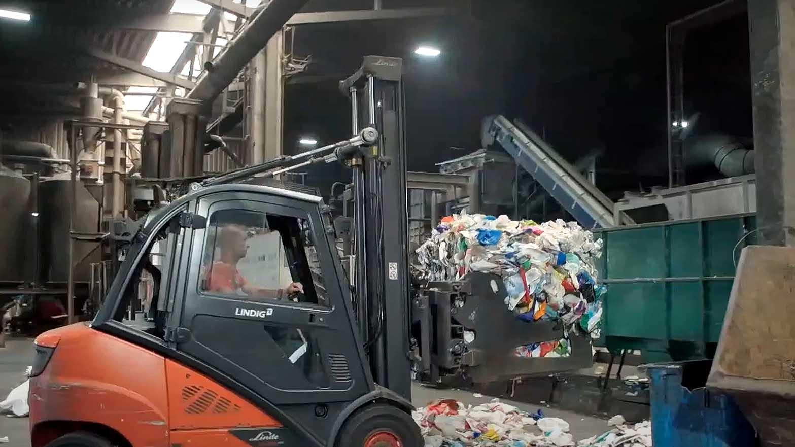 Tái chế rác thải nhựa